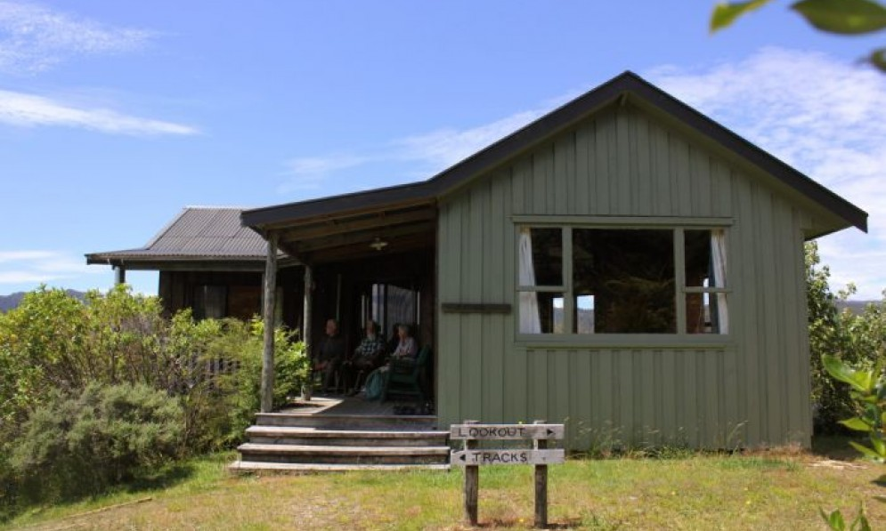 Mangarakau Lodge